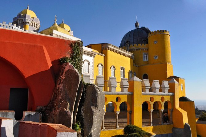 Lisbon to Sintra Small-Group Tour with Pena Palace and Convent of the Capuchos