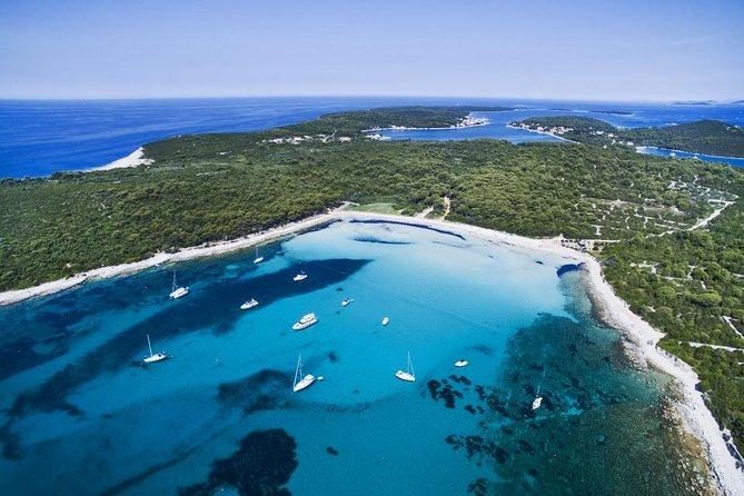 SAKARUN BEACH & SUNKEN SHIP SNORKELING, Small Groups - max 12ppl, All-Inclusive