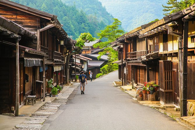 3-Day or 4-Day Self-Guided Hike on Nakasendo Trail with Lodging and Transport