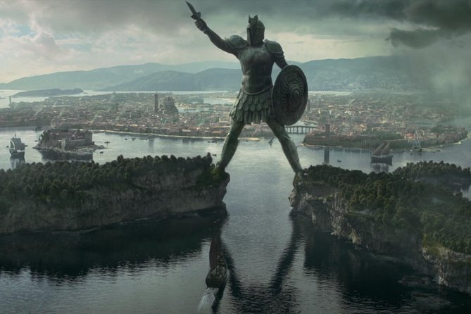 Game of Thrones - Kayaking and Walking Braavos Tour