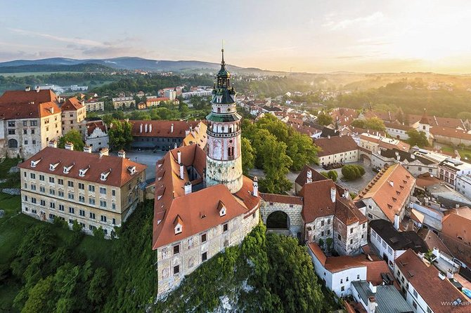 Private one way sightseeing transfer from Vienna to Prague via Cesky Krumlov