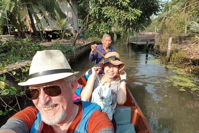 Tour to Tha Kha Floating Market and Umbrella Market