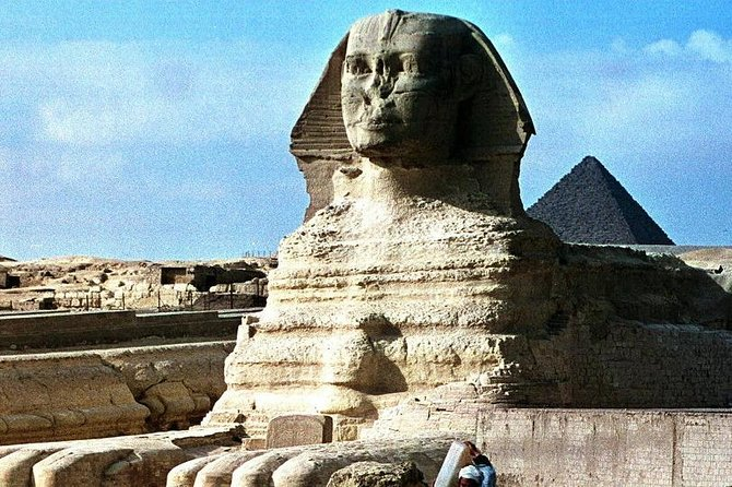 Full-Day Tour from Cairo: Giza Pyramids, Sphinx, Memphis, and Saqqara photo 4