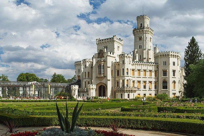 Private sightseeing transfer from Prague to Cesky Krumlov