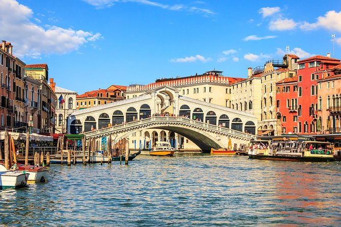 Venice Small Group Walking Tour with Saint Mark's | with Private Option