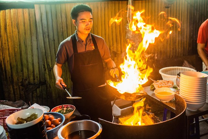 Bangkok Midnight Food Tour by Tuk Tuk