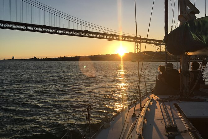 Lisbon Sunset Sensations Sailing Tour with white or rosé wine & snacks photo 11