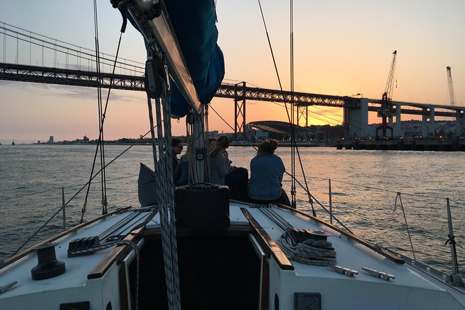Lisbon Sunset Sensations Sailing Tour with white or rosé wine & snacks photo 14