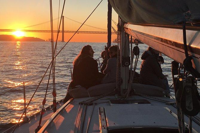 Lisbon Sunset Sensations Sailing Tour with white or rosé wine & snacks
