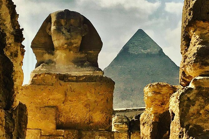 Private Day Tour Giza Pyramids, Memphis and Sakkara Pyramids