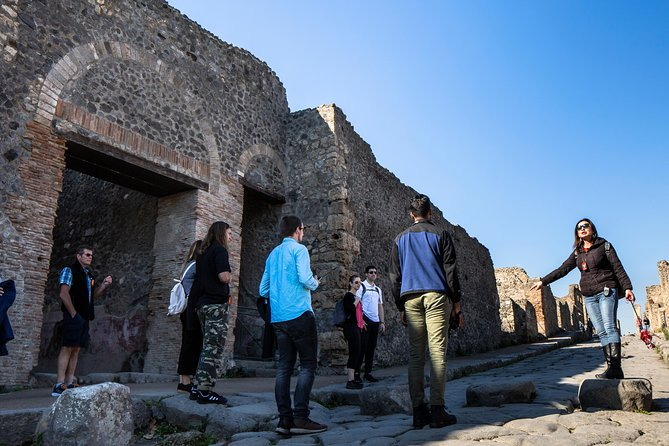 Mt. Vesuvius and Pompeii Day Trip from Naples all inclusive