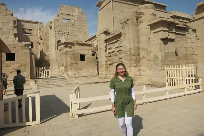 Day Tour from Cairo: Egyptian Museum Hanging Church and Giza pyramids