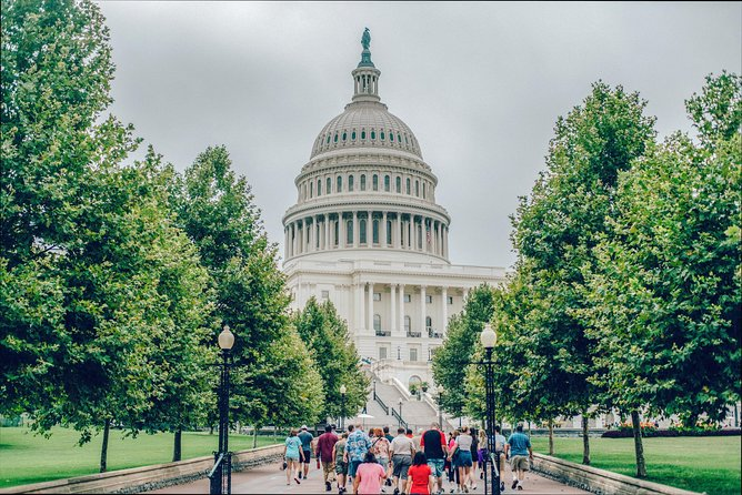 Best of DC Tour - With Access to US Capitol & National Archives Buildings