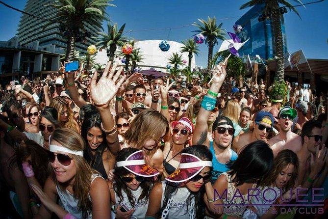 All-Access Vegas Nightclub Pass Including Pool Parties photo 4