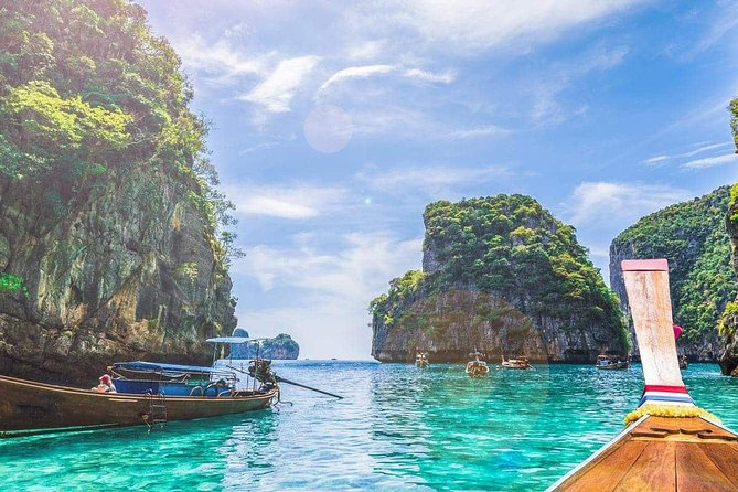 Phi Phi Island Tour from Krabi by Speedboat with Lunch