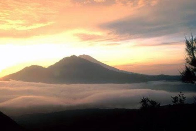 Trekking Mount Batur photo 1