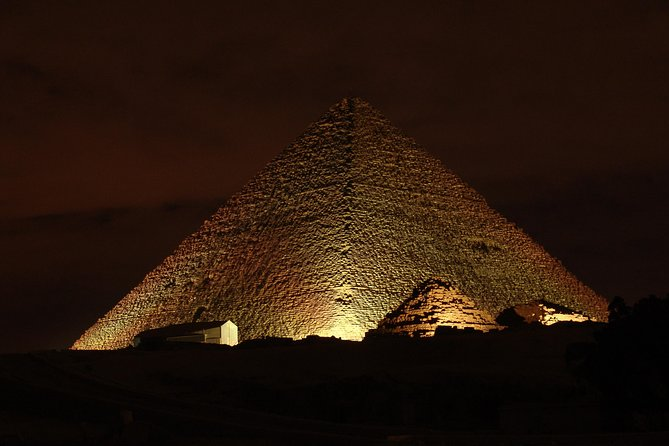 Layover Sound and Light Show Tour at Pyramids of Giza From Cairo Airport