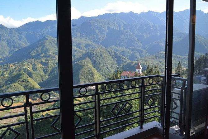 Sapa Trekking Tour with Local full Package by Bus 3N2D photo 4