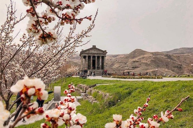 Holidays in Armenia,5 days