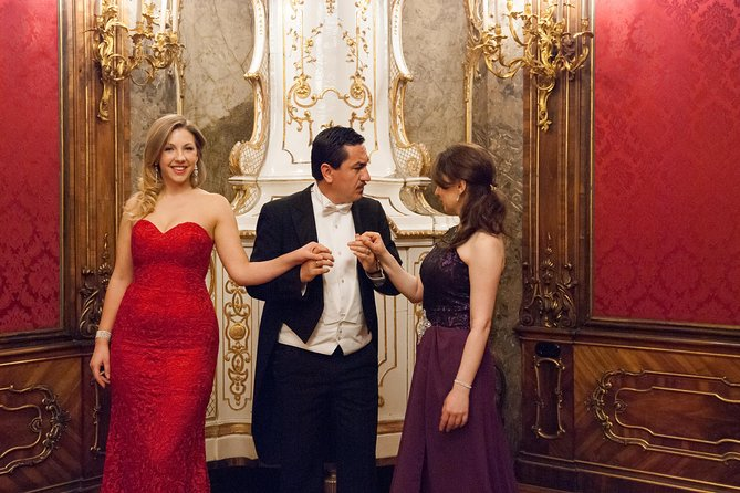 Concert by the Vienna Baroque Orchestra and Dinner at Café Landtmann