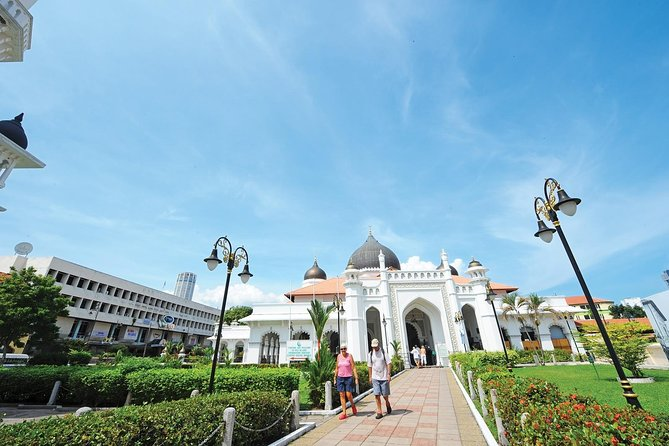 Private Tour: Top Seven Wonders of Penang Ciy Tour