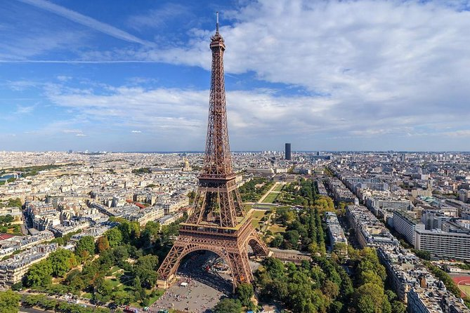 Paris City Tour by minibus with audio guide, Lunch Cruise on Sein. Discount!