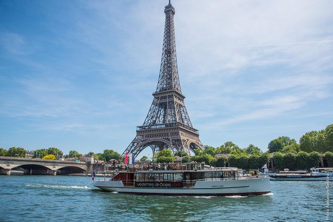 Disneyland® to Paris - Cruise on the seine