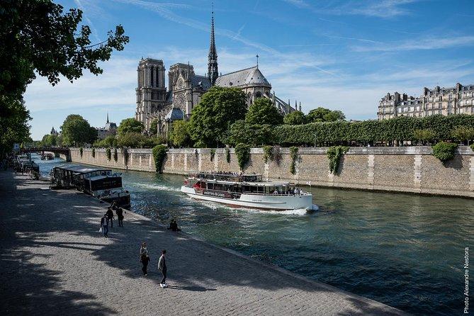 Disneyland® to Paris - Cruise on the seine