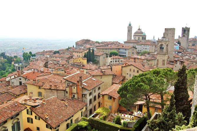 "Highlights of Bergamo Upper Town Private Walking Tour with Old ""Funicolare"" Ride"