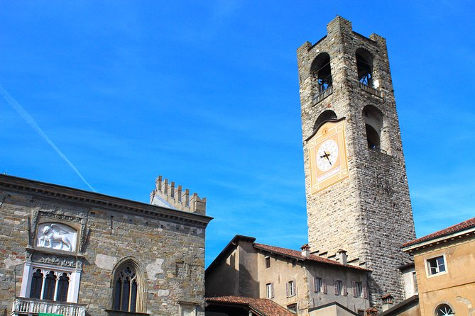 Bergamo Upper Town Walking Tour and Funicolar Ride with Local Guide