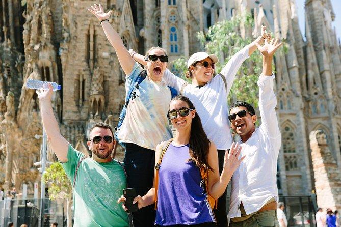 Gaudi Bike Tour with Skip-the-Line Sagrada Familia Ticket