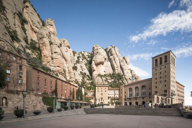 Excursão ao Mosteiro de Montserrat saindo de Barcelona, incluindo passeio de trem de cremalheira