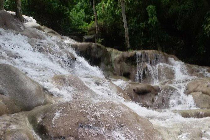 Bobsled Mystic Mountain - Dunn's river - Bob Marley From Ocho Rios