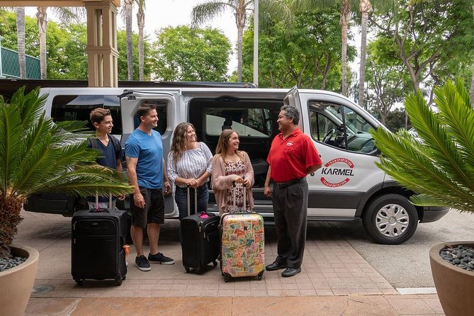 Shared Airport Departure Transfer: Long Beach and San Pedro Hotels or Cruise Terminals to Long Beach Airport