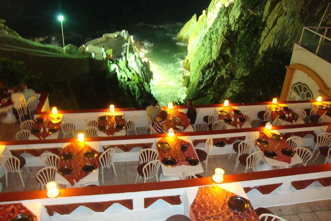 Cliff Divers Show With Dinner Or Two Drinks At Acapulco