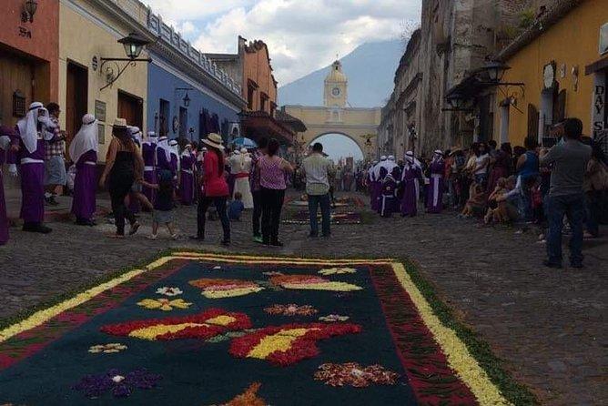 Semana Santa Good Friday Processions Tour