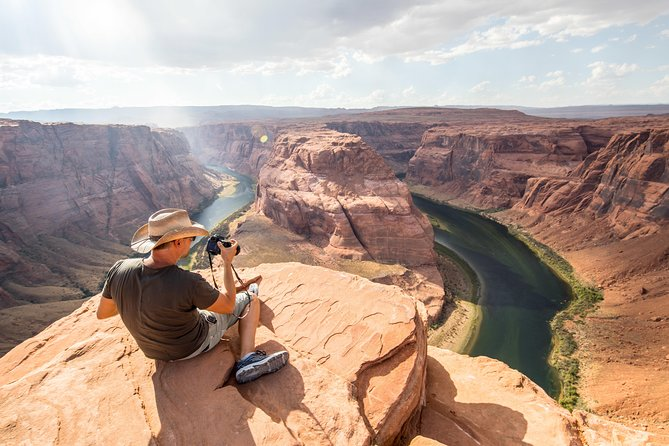 Lower Antelope Canyon & Horseshoe Bend Tour from Las Vegas