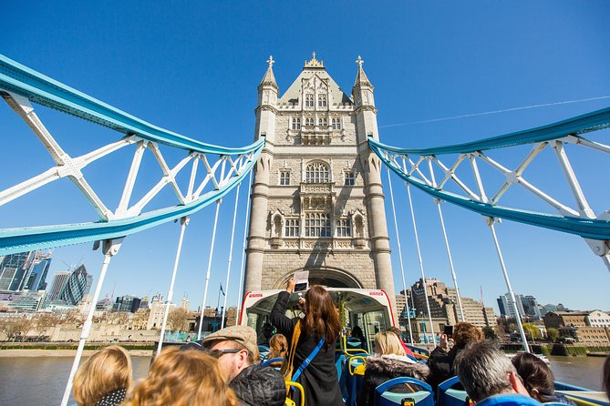 Must See London: Hop-on Hop-off Bus Tour and River Cruise