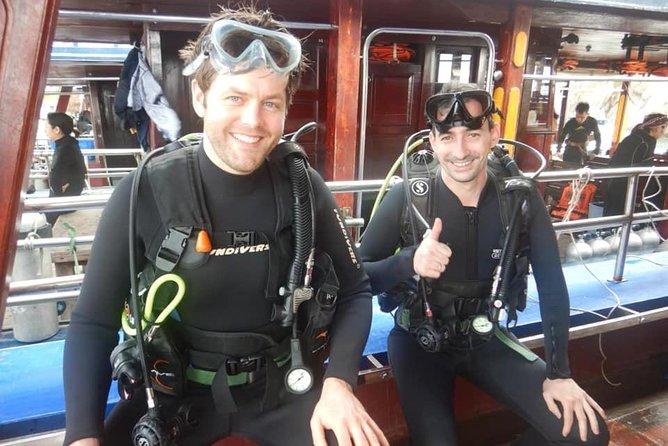 2 inmersiones divertidas para buceadores certificados