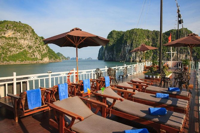 Bai Tu Long Bay Boutique Cruise: Visit Bai Tu Long bay & Overnight boat in 2 day
