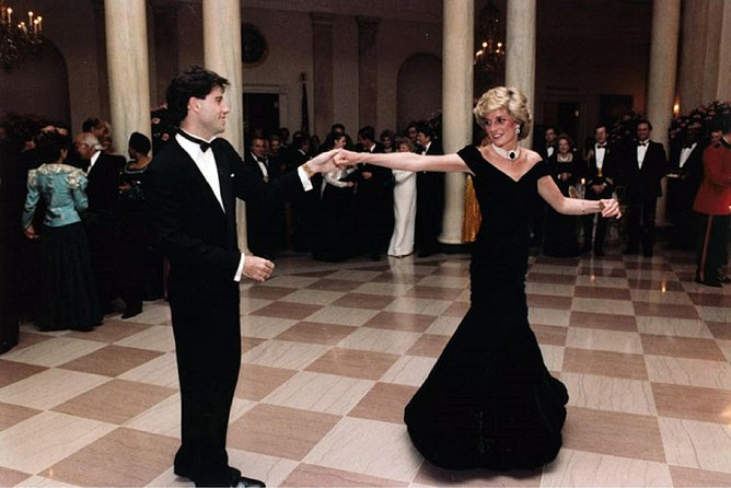Private Royal Secrets Tour: Princess Diana, Scandals and Royal Hang Out Spots