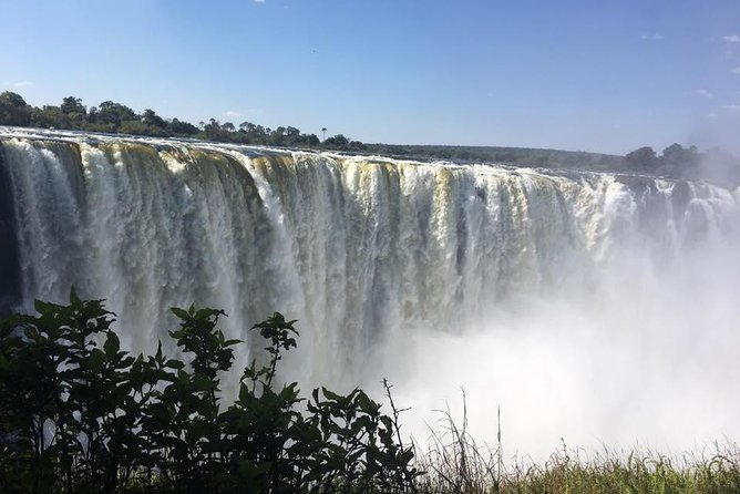 Guided Tour of the Mighty Victoria Falls photo 4