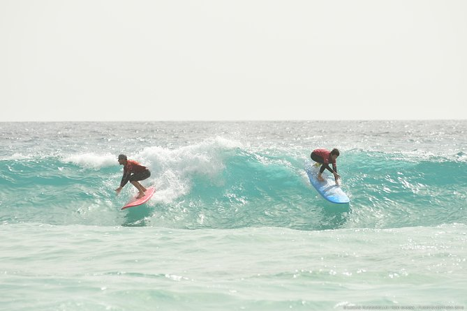 Beginner surf course, 3 days in small groups of max 4 people photo 6