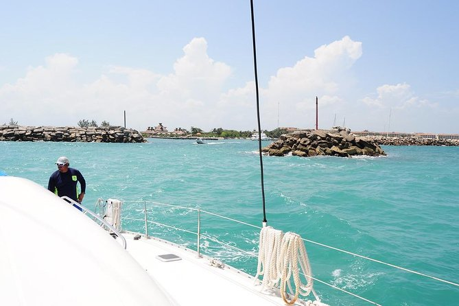 Catamaran Sail and Snorkeling Tour with Open Bar in Puerto Morelos photo 6