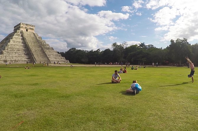 Chichen Itza Cultural Mayan Experience with Lunch and Cenote Swim