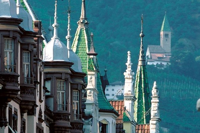 Half-day Tour: the Historical Center of Bolzano and the Iceman