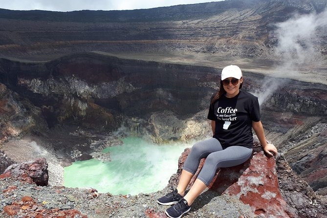 Ilamatepec ( Santa Ana ) Volcano Hiking Adventure + Lake Coatepeque.