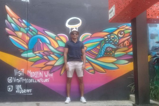 Combo Tour: Medellín City Tour and Antioquia's Food Markets Including Traditional Lunch