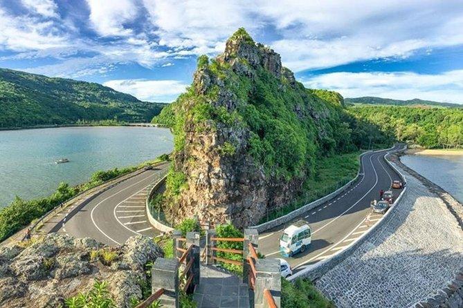 Mauritius Airport (MRU) TO Baie du Cap - Private Transfer 1-3