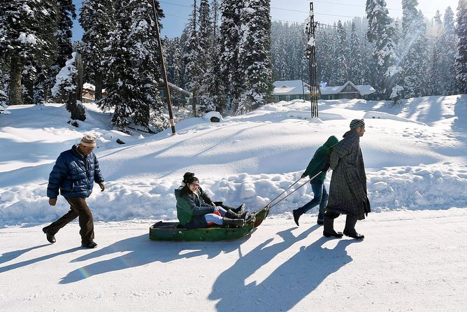 Private 4 Days Kashmir Tour Package photo 4